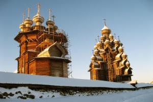Karelia Dogsled and Snowmobile Tour