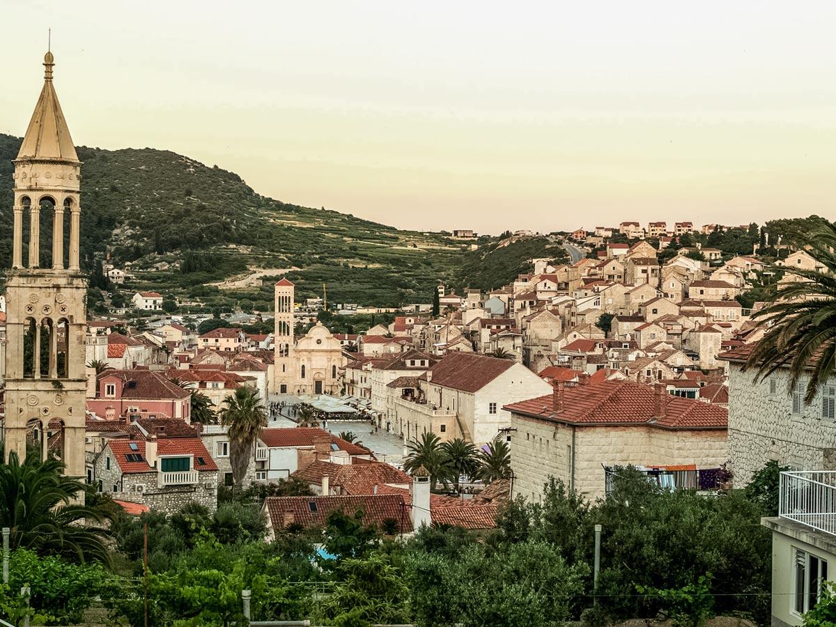 Mountainbiking cities mediterranean hills