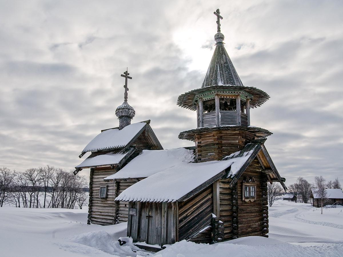 Karelia multi sport tour in Russia involves visiting numerous beautiful churches