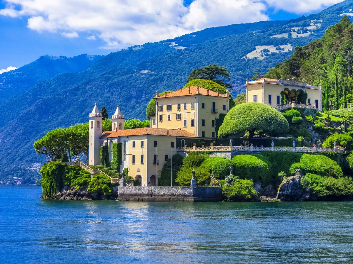 Cycling around Lake Como villa estates waterfront paths Italy