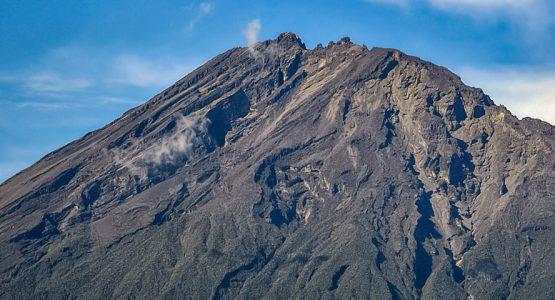 4-day Mount Meru Trek