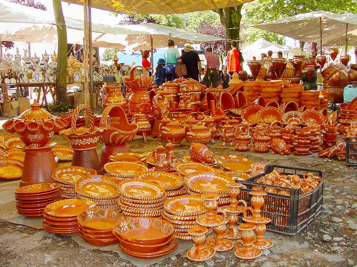 Artesanato authentic artisan pottery market adventure bike tour Minho Portugal