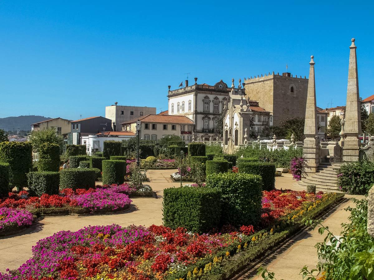 Beautiful gardens biking tour Porto Barcelos Portugal