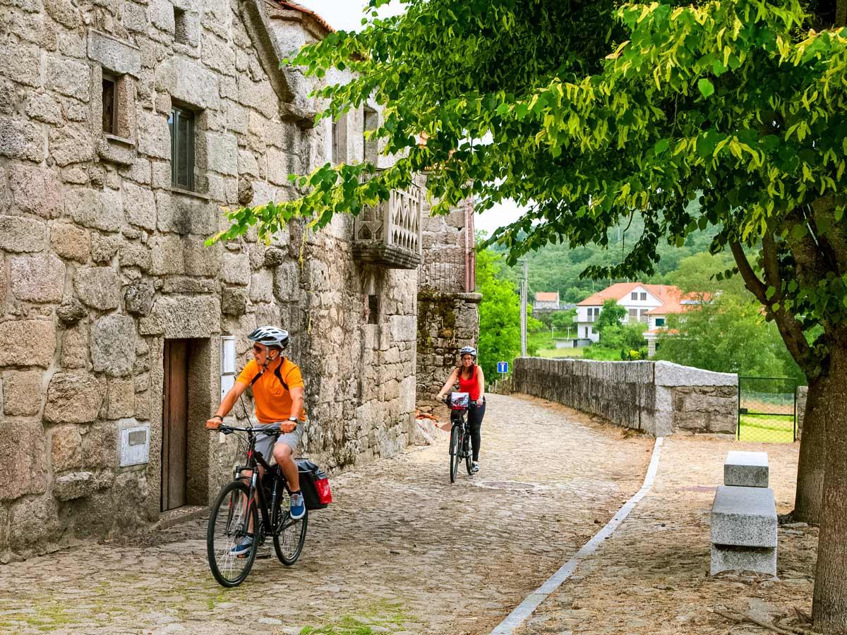 Castro Laboreiro village biking