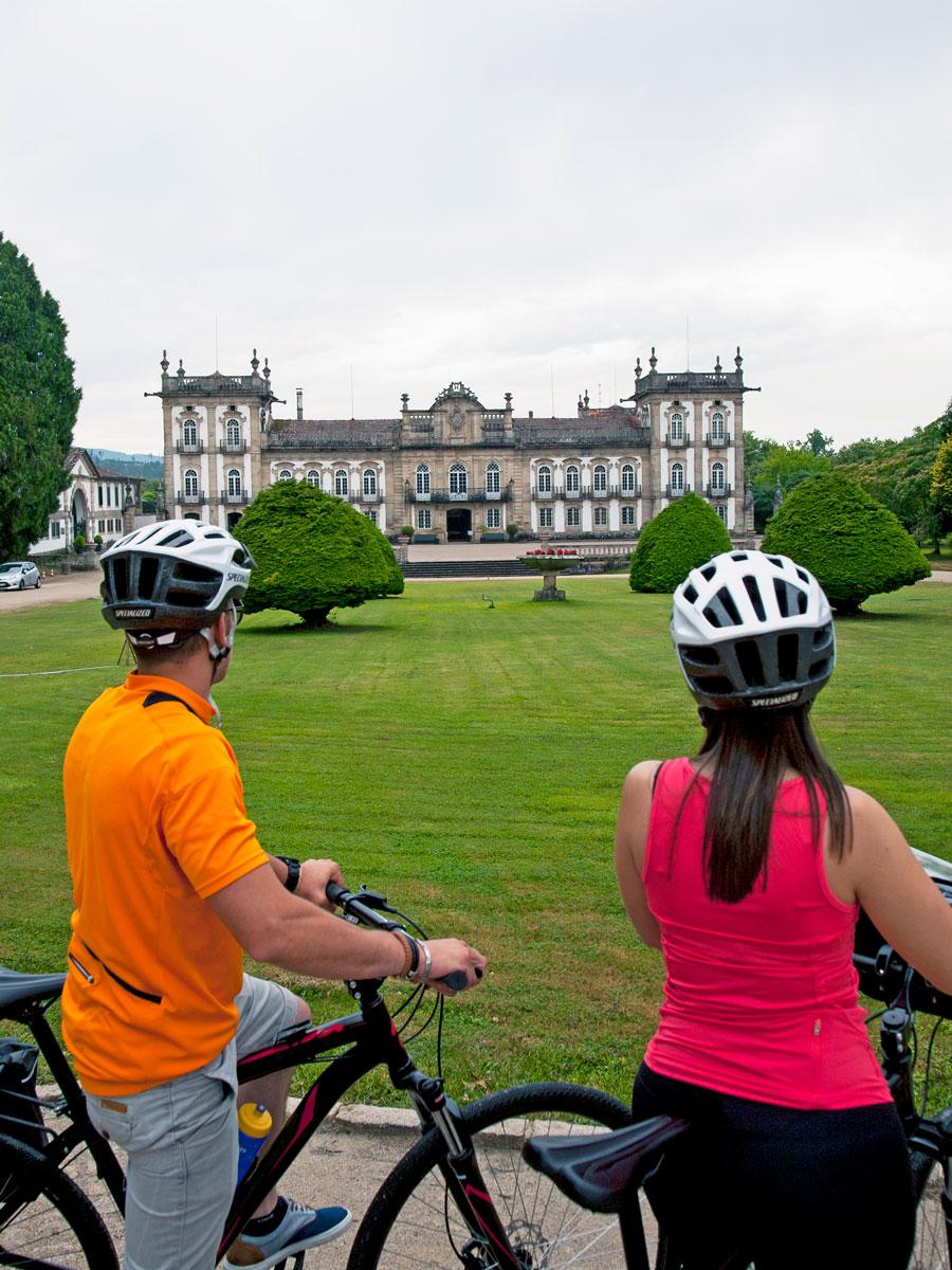 Monção estate house biking