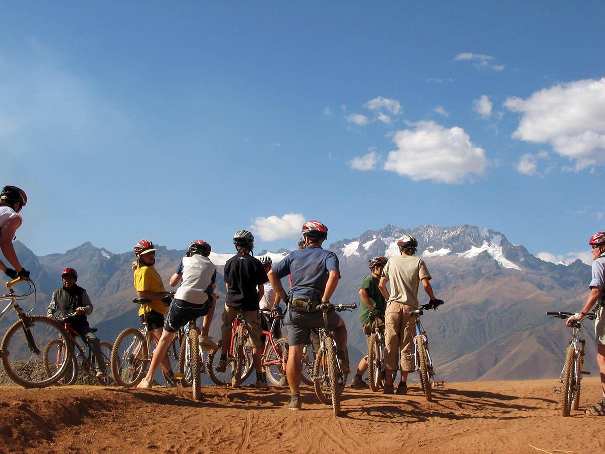 Biking Maras Moray