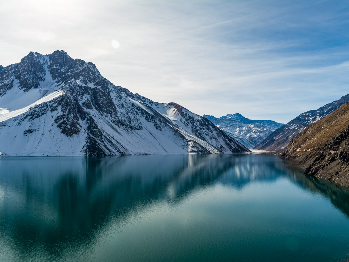 Cajon del Maipo lake mountain volcano reflections hiking Argentina