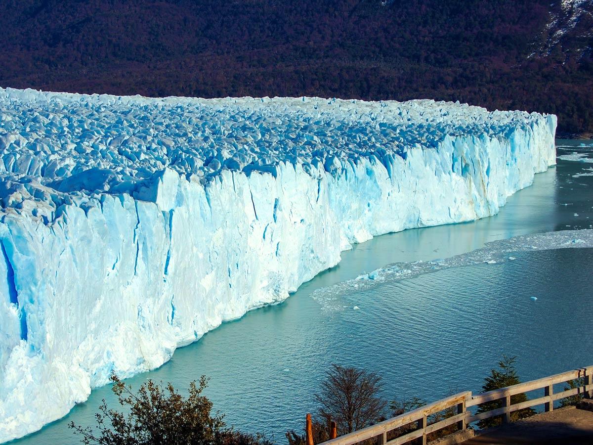 Glaciar Perito Moreno exploring Chile patagonia