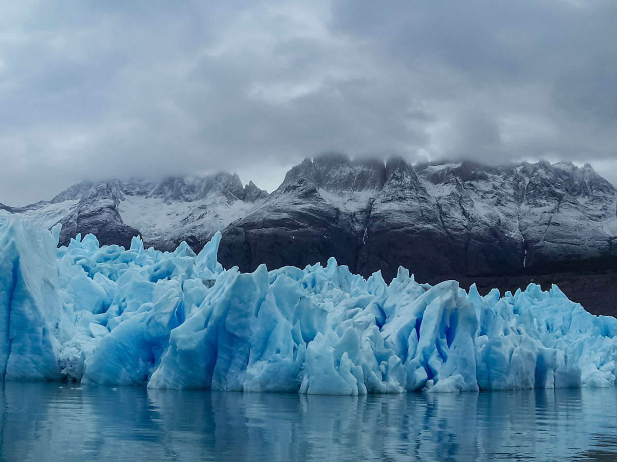 Glaciar Grey exploring Chile patagonia