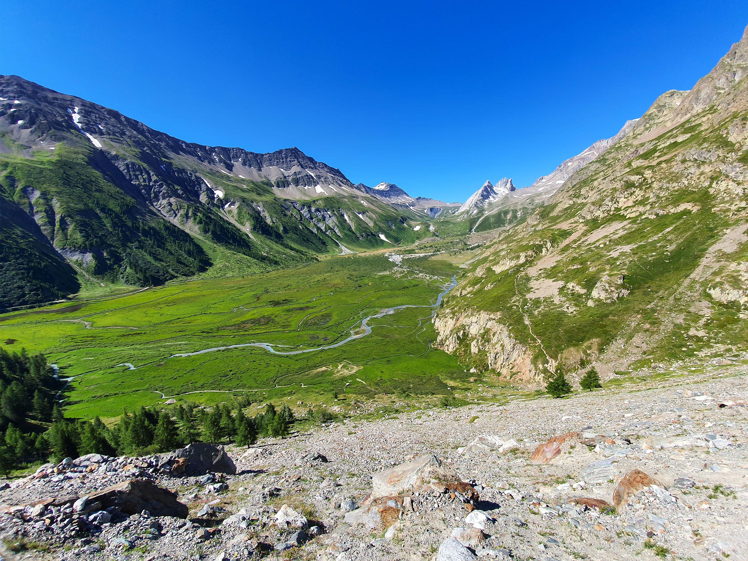 alps valley stunning landscape