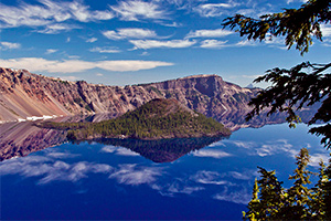 Crater Lake and Oregon Caves Hiking Tour