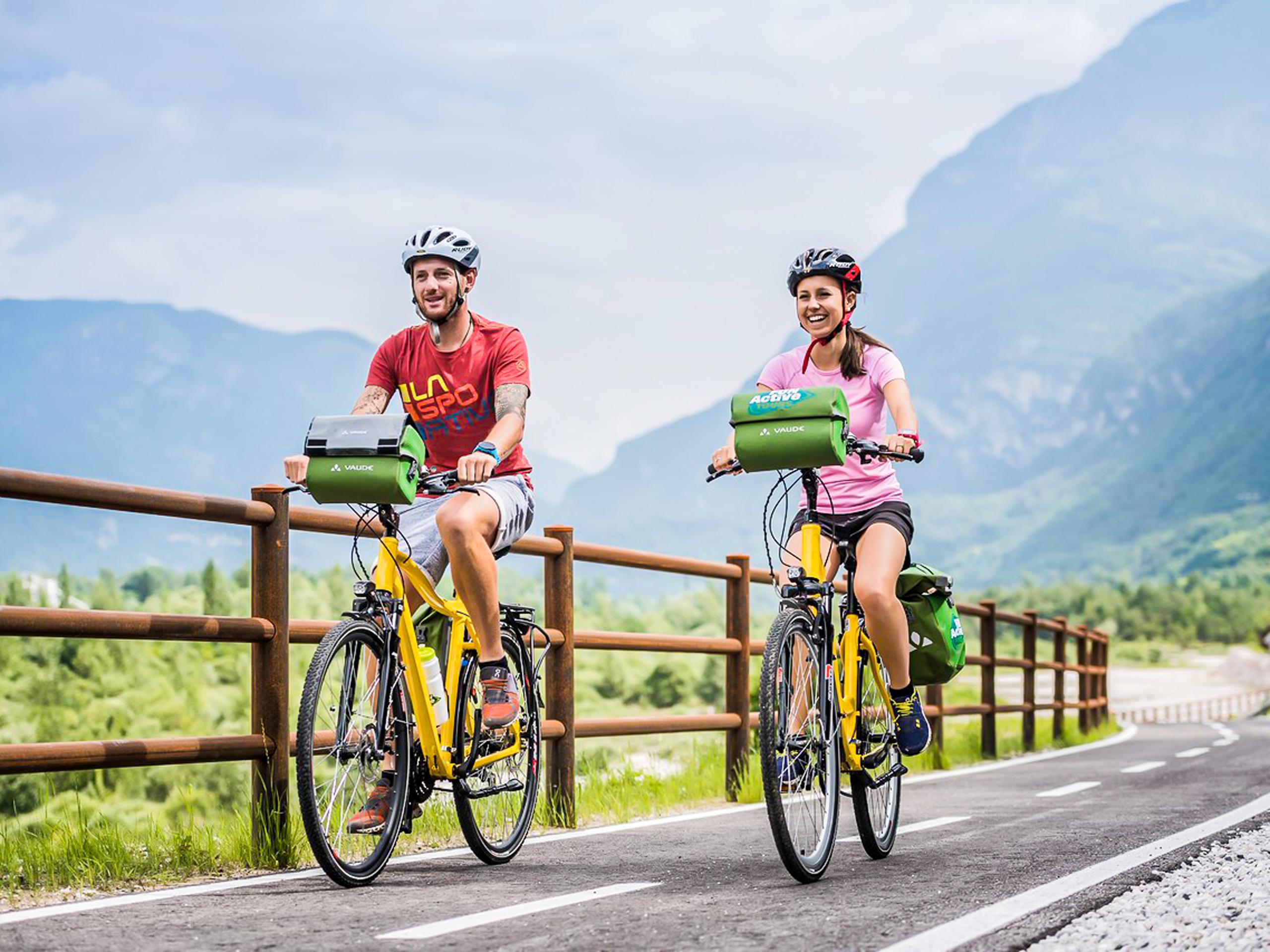 Discovering Dolomiti cycling