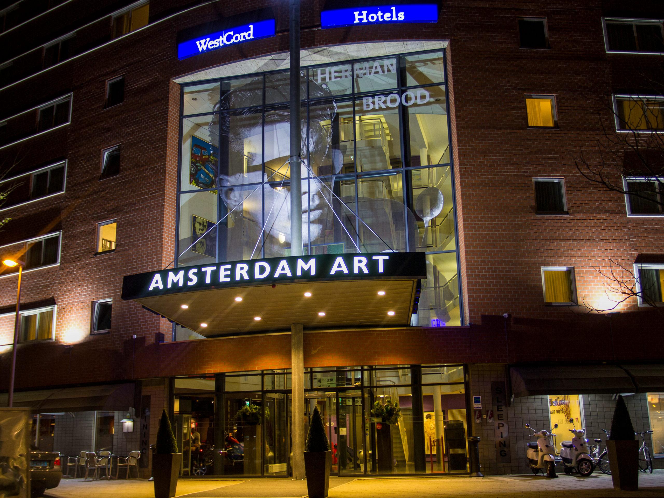 Amsterdam Art Front Night
