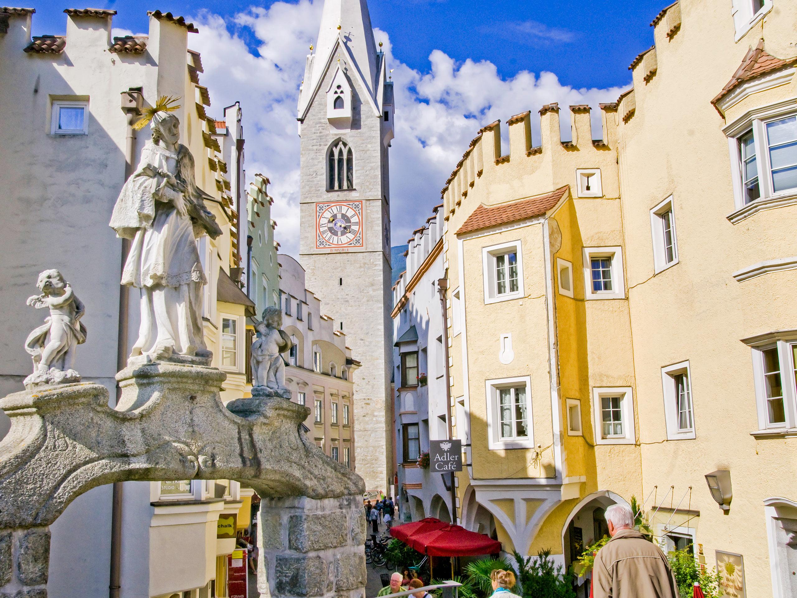Brixen architecture