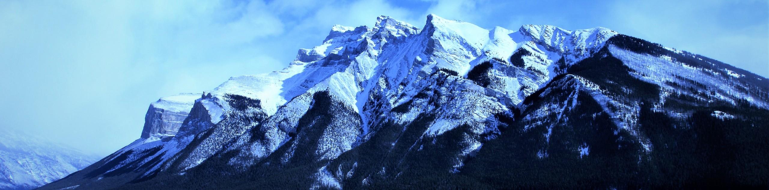 Winter Rockies Self-Drive Tour