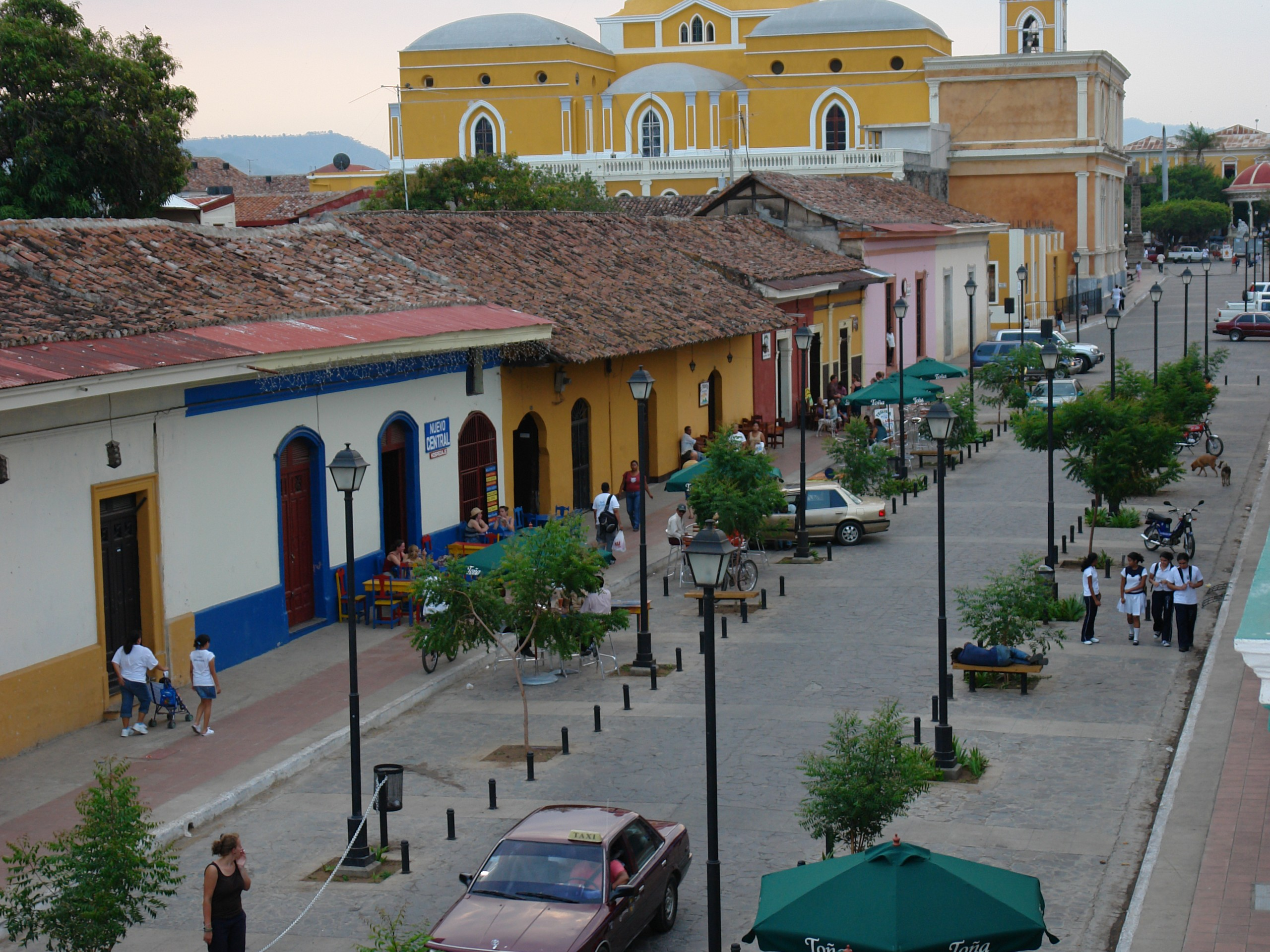 Calzada Street in Granada