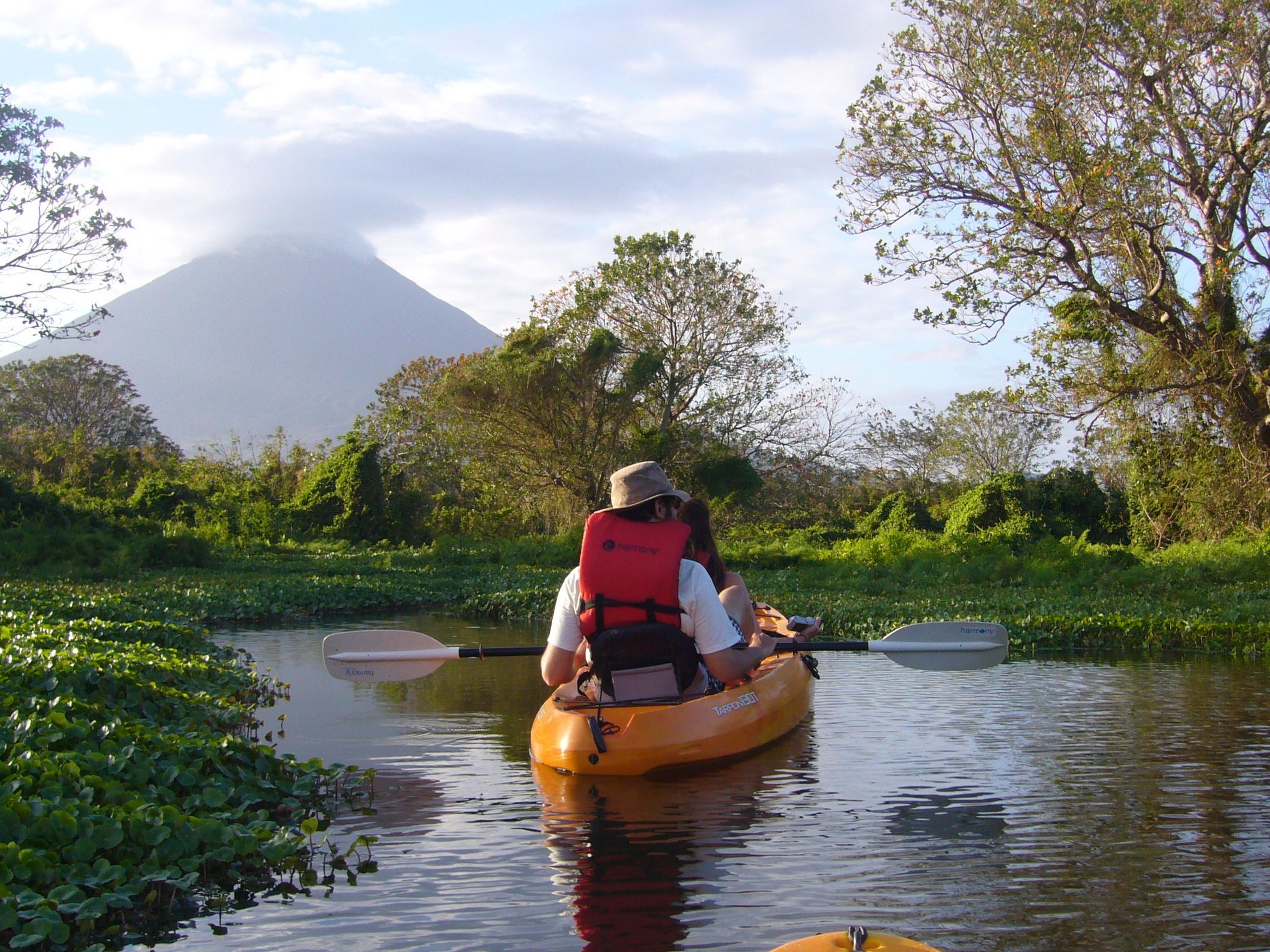 Kayak Ometepe Island (Nicaragua)