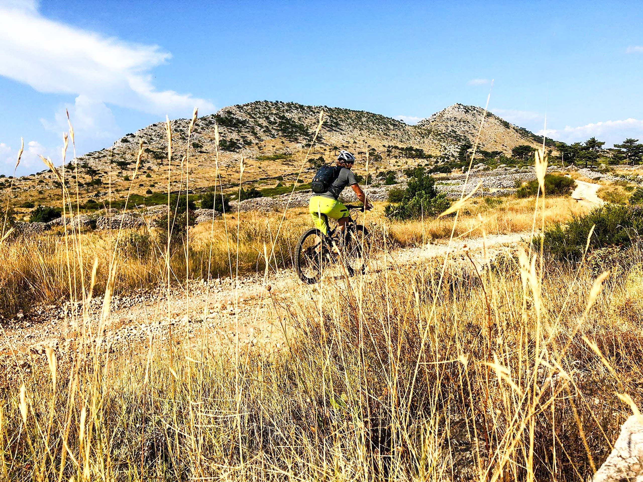 Mountains biking tour