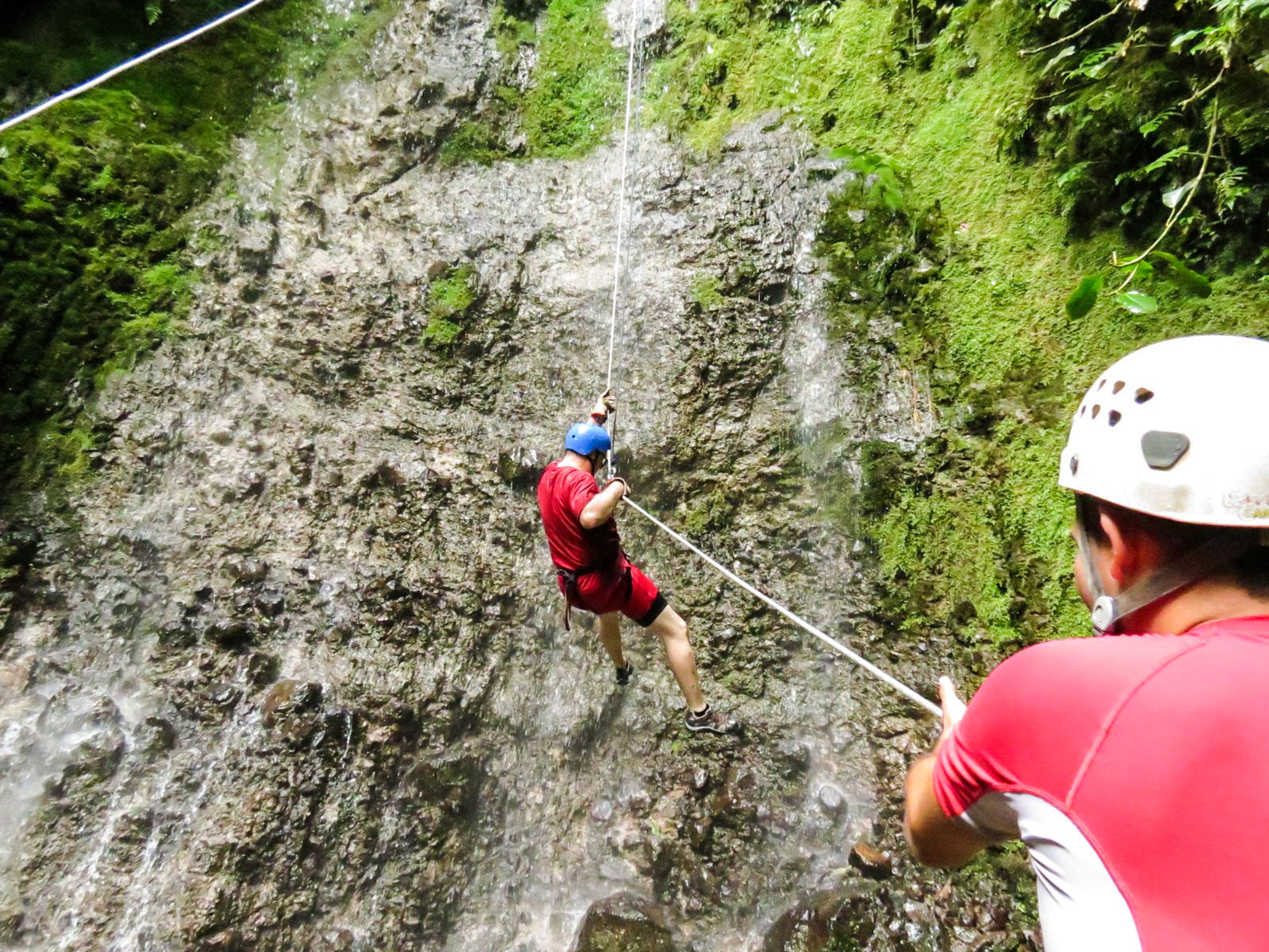 Canyoning extreme tour in Costa Rica