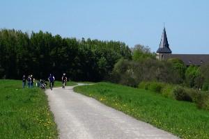 Dutch and German Rivers by Bike Tour